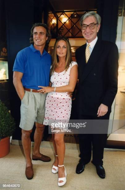 David Ginola sa femme Coraline et Monsieur Acquet le 1er juillet 1999 à Monte carlo Monaco