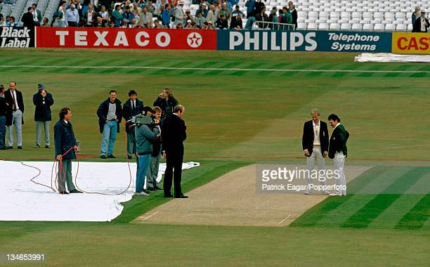 David Gower and Allan Border at the toss England v Australia 1st Test Headingley June 1989
