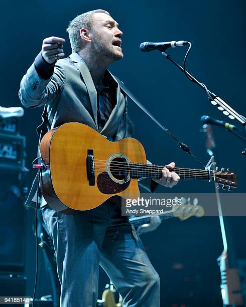 David Gray performs at the Hammersmith Apollo on December 9 2009 in London England
