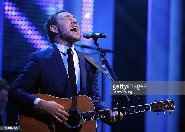 David Gray preforms during the Nobel Peace Prize concert at the Oslo Spektrum on December 11 2011 in Oslo Norway