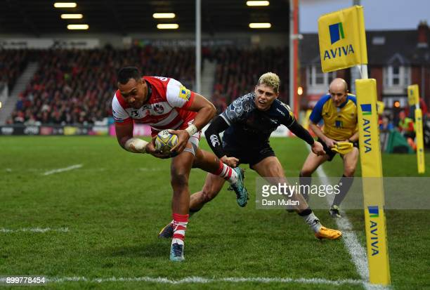 David Halaifonua of Gloucester dives over to score his side's first try during the Aviva Premiership match between Gloucester Rugby and Sale Sharks...