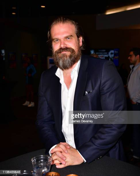 David Harbour attends Top Rank VIP party prior to the WBO welterweight title fight between Terence Crawford and Amir Khan at Madison Square Garden on...