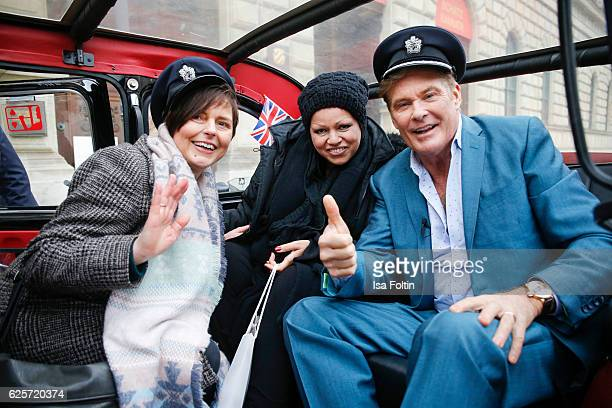 David Hasselhoff and a British Airways pilot drive around the streets of Munich in a uBA London taxi during a competition to launch the British...