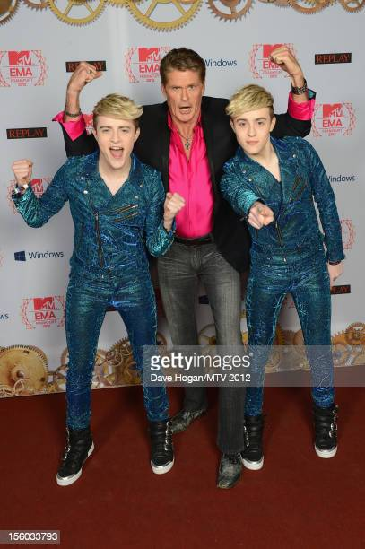 David Hasselhoff and Jedward attend the MTV EMA's 2012 at Festhalle Frankfurt on November 11 2012 in Frankfurt am Main Germany