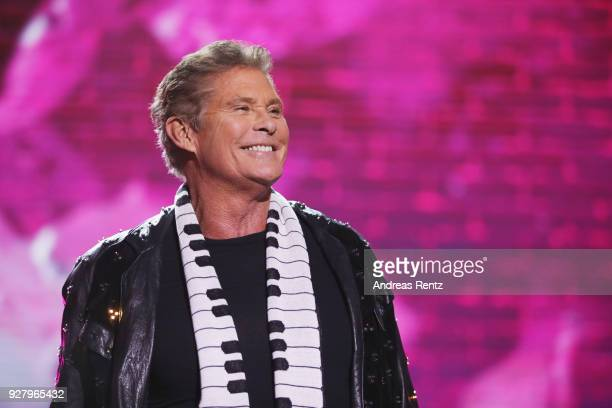David Hasselhoff performs on stage during the Deutsche Telekom presentation on March 6 2018 in Bonn Germany Deutsche Telekom presents today the new...