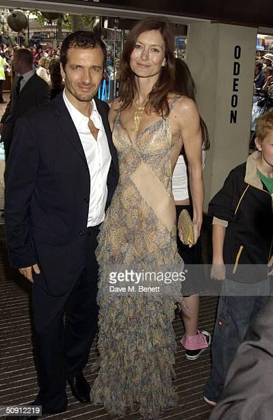 David Hayman attends the UK Premiere of Harry Potter And The Prisoner Of Azkaban at the Odeon Leicester Square on May 30 2004 in London The film is...