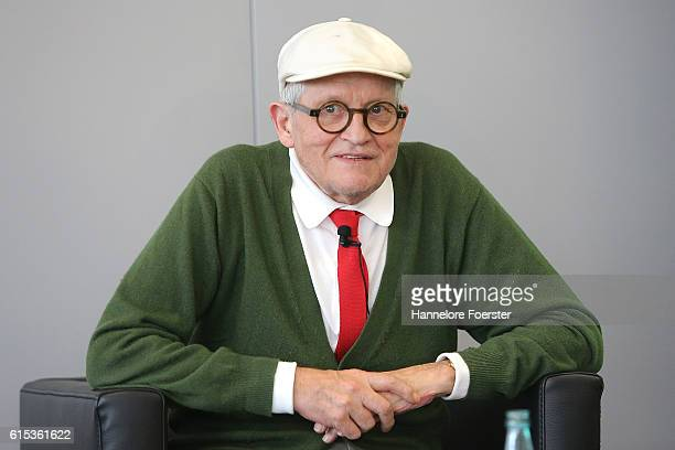 David Hockney arrives to the opening press conference of the 2016 Frankfurt Book Fair on October 18 2016 in Frankfurt am Main Germany The 2016 fair...