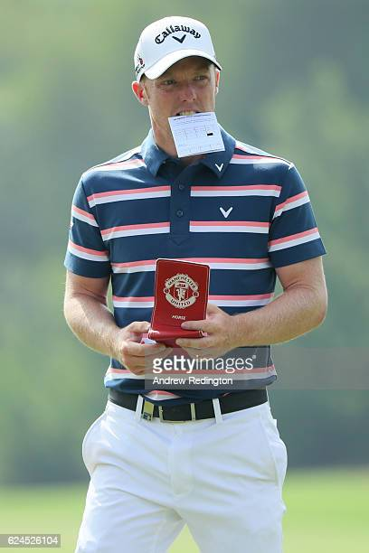 David Horsey of England looks down the 3rd hole during day four of the DP World Tour Championship at Jumeirah Golf Estates on November 20 2016 in...