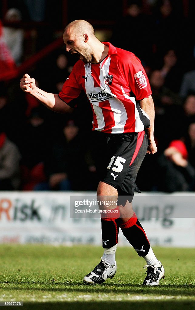 Brentford v Gillingham : News Photo