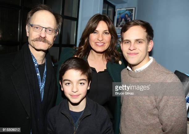 David Hyde Pierce August Hermann mother Mariska Hargitay and Taylor Trensch pose backstage as Taylor Trensch joins the cast of 'Dear Evan Hansen' on...