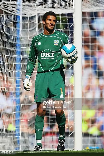 David James, goalkeeper of Portsmouth looks on during the Barclays Premier League match between Chelsea and Portsmouth at Stamford Bridge on August...