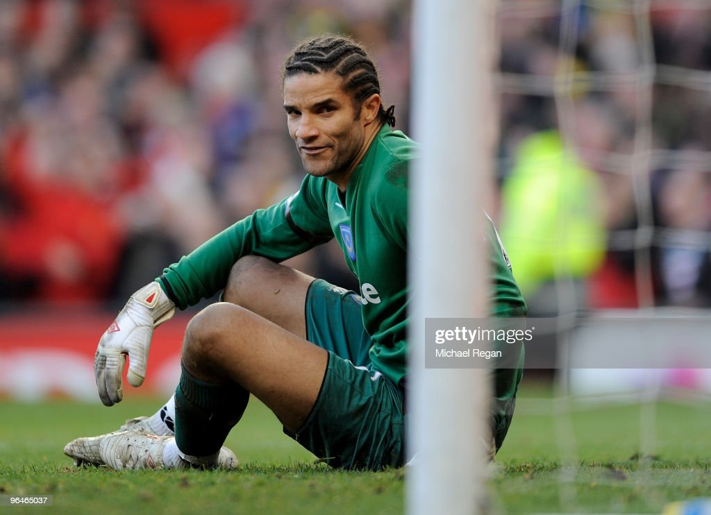 Manchester United v Portsmouth - Premier League