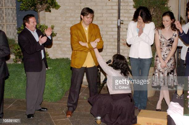 David Janollari president of WB Entertainment Daniel Palladino executive producer Amy Sherman executive producer Lauren Graham and Alexis Bledel