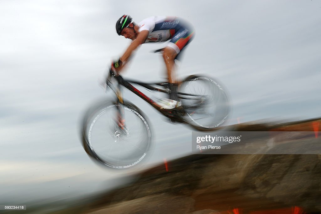 David Joao Serralheiro Rosa of Portugal rides during the Men's Cross-Country on Day 16 of the Rio 2016 Olympic Games at Mountain Bike Centre on August 21, 2016 in Rio de Janeiro, Brazil.
