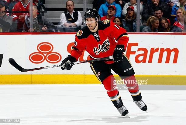 David Jones of the Calgary Flames skates against the Vancouver Canucks at Scotiabank Saddledome on February 14 2015 in Calgary Alberta Canada The...