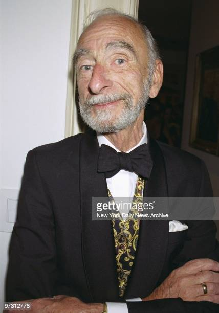 David Kelly is on hand at Trudie Styler's Central Park West digs for a party before a screening of the movie Greenfingers The screening benefited a...