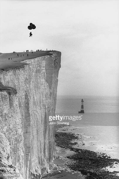 David Kirke sets off from Beachy Head in East Sussex in a giant heliumfilled kangaroo August 1986 Aided by four other balloons he is attempting to...
