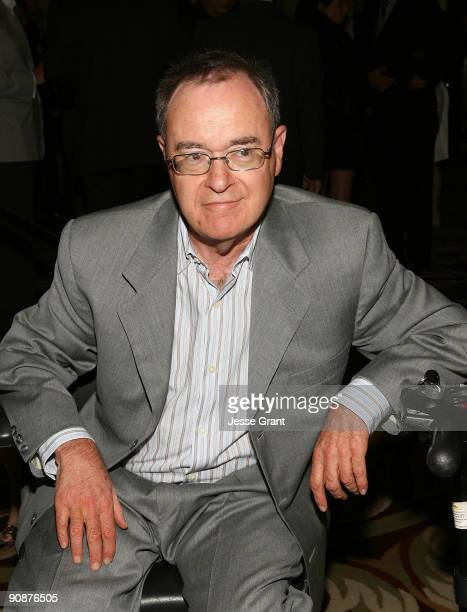 David Lander arrives at The National Mutliple Sclerosis Society's 35th Annual Dinner Of Champions at the Hyatt Regency Century Plaza Hotel on...
