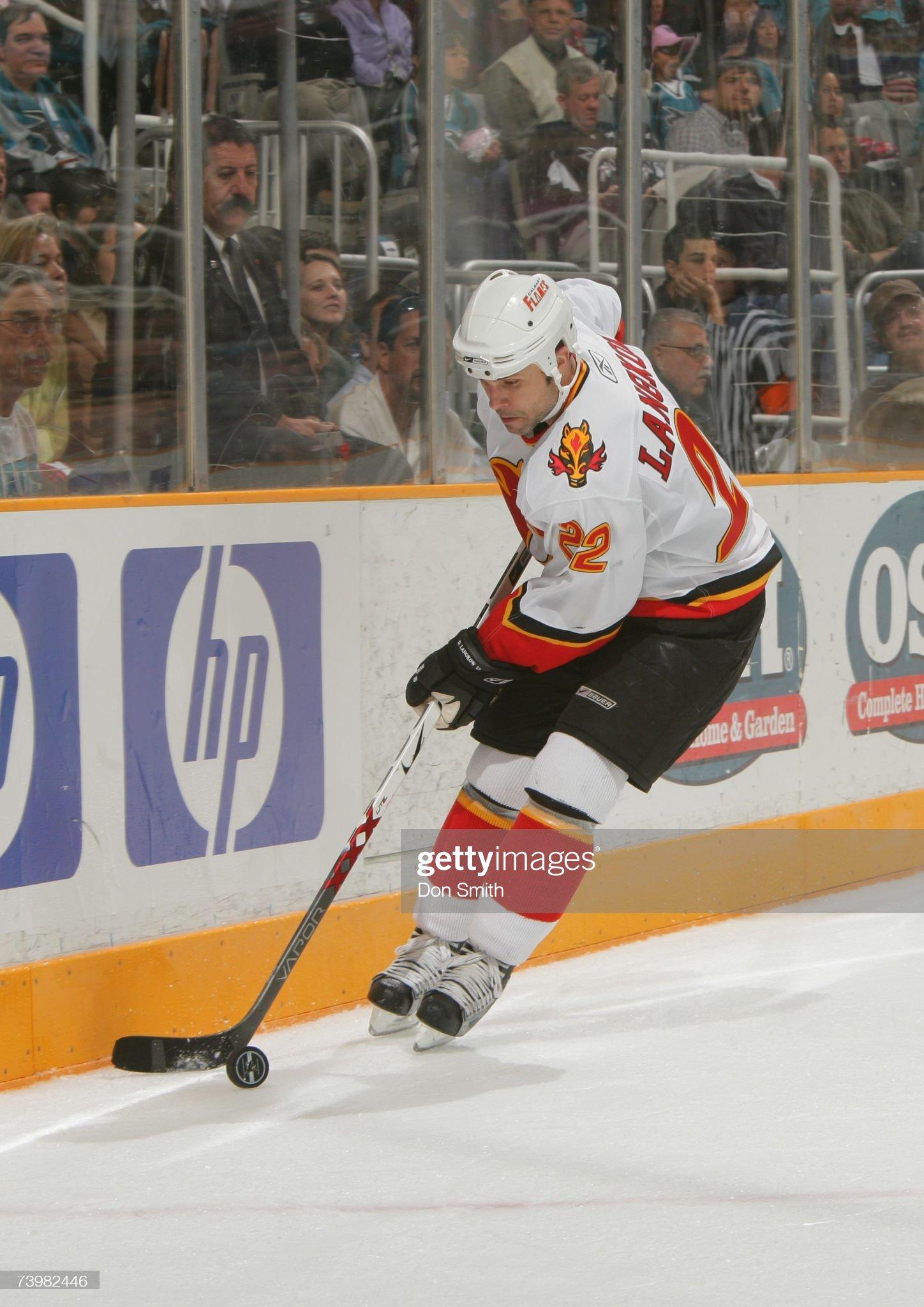 david-langkow-of-the-calgary-flames-skat
