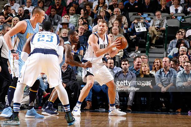 David Lee of the Dallas Mavericks posts up against the Denver Nuggets on February 26 2016 at the American Airlines Center in Dallas Texas NOTE TO...