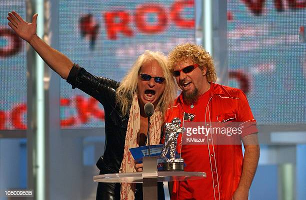 David Lee Roth and Sammy Hagar present the Best Rock Video award at the 2002 MTV Video Music Awards
