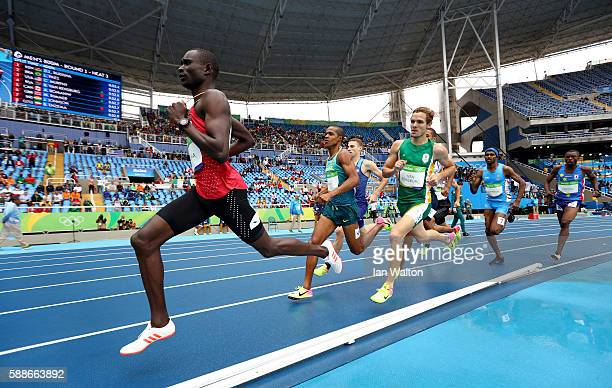 David Lekuta Rudisha of Kenya leads a group in round one of the Men's 800 metres on Day 7 of the Rio 2016 Olympic Games at the Olympic Stadium on...