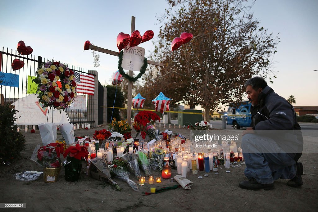 Community Mourns As Investigation Continues Into San Bernardino Mass Shooting : News Photo
