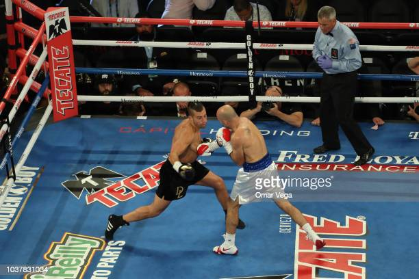 David Lemieux and Gary O'Sullivan fight during WBA Middleweight Title Eliminator bout at TMobile Arena on September 15 2018 in Las Vegas Nevada