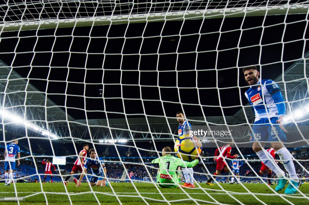 David Lopez of RCD Espanyol reacrs after David Timor of Girona FC scored the opening goal during the La Liga match between RCD Espanyol and Girona FC at RCDE Stadium on December 11, 2017 in Barcelona, Spain.
