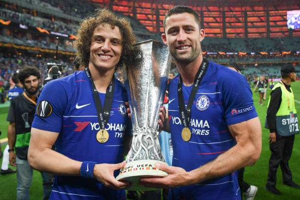 Ligue Europa 2018  - 2019 -2020 - Page 10 David-luis-and-gary-cahill-of-chelsea-celebrate-with-the-trophy-after-picture-id1152525977?k=6&m=1152525977&s=612x612&w=0&h=nBIZ3gsyWQ6St03S1EPDL2p2qev_Ds71Vmkdqe9Sb-Q=