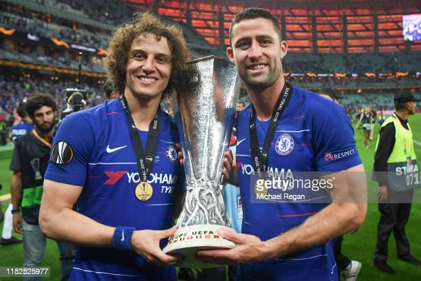 David Luis and Gary Cahill of Chelsea celebrate with the trophy after the UEFA Europa League Final between Chelsea and Arsenal at Baku Olimpiya...
