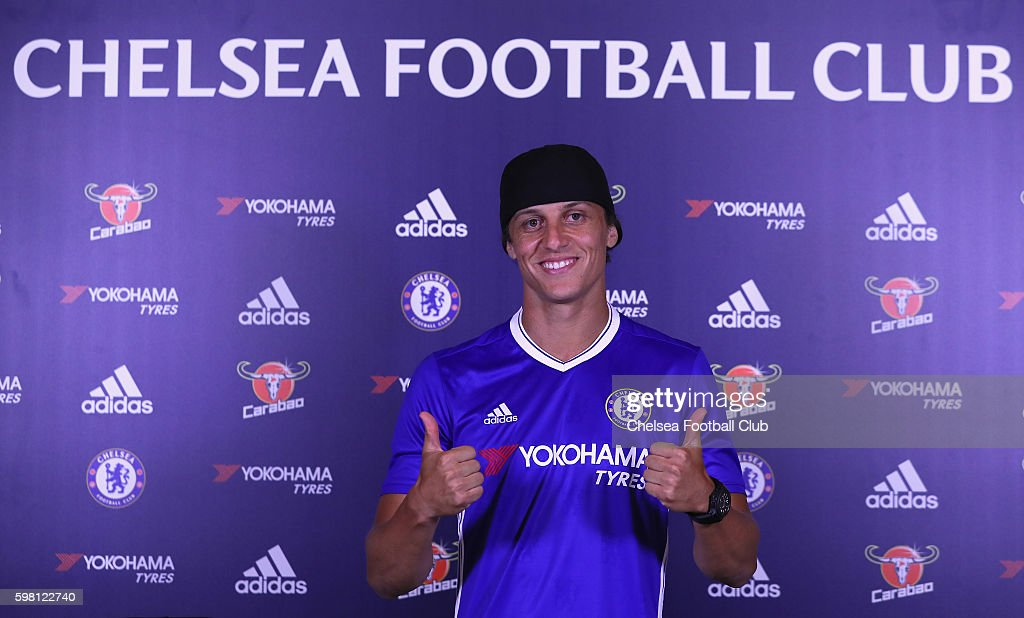 Chelsea Unveil New Signing