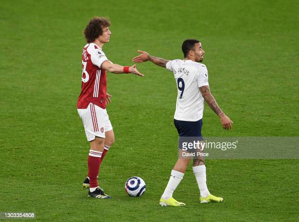 David Luiz of Arsenal pionts at Gabriel Jesus of Man City during the Premier League match between Arsenal and Manchester City at Emirates Stadium on...