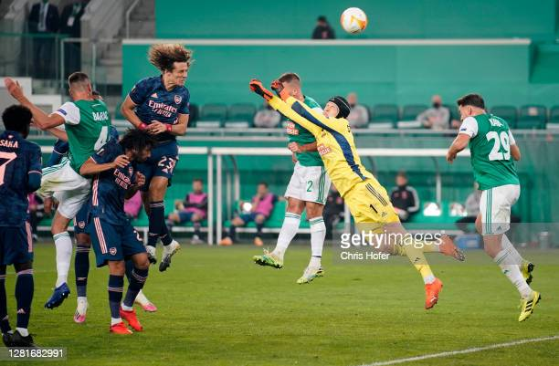 David Luiz of Arsenal scores his sides first goal during the UEFA Europa League Group B stage match between Rapid Wien and Arsenal FC at Allianz...