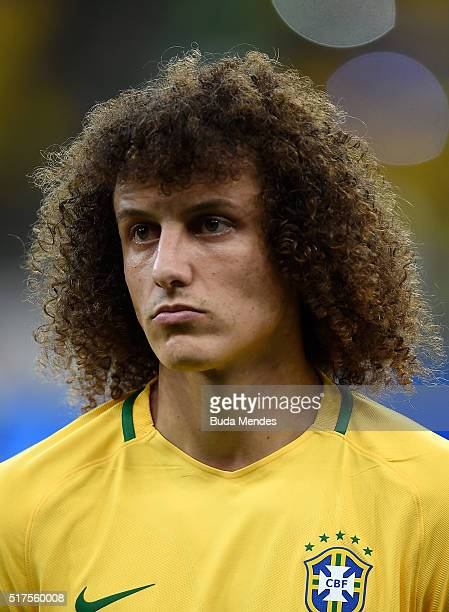 David Luiz of Brazil looks on during a match between Brazil and Uruguay as part of 2018 FIFA World Cup Russia Qualifiers at Arena Pernanbuco on March...
