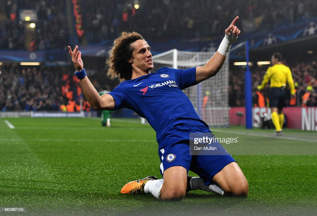 David Luiz of Chelsea celebrates scoring his sides first goal during the UEFA Champions League group C match between Chelsea FC and AS Roma at Stamford Bridge on October 18, 2017 in London, United Kingdom.