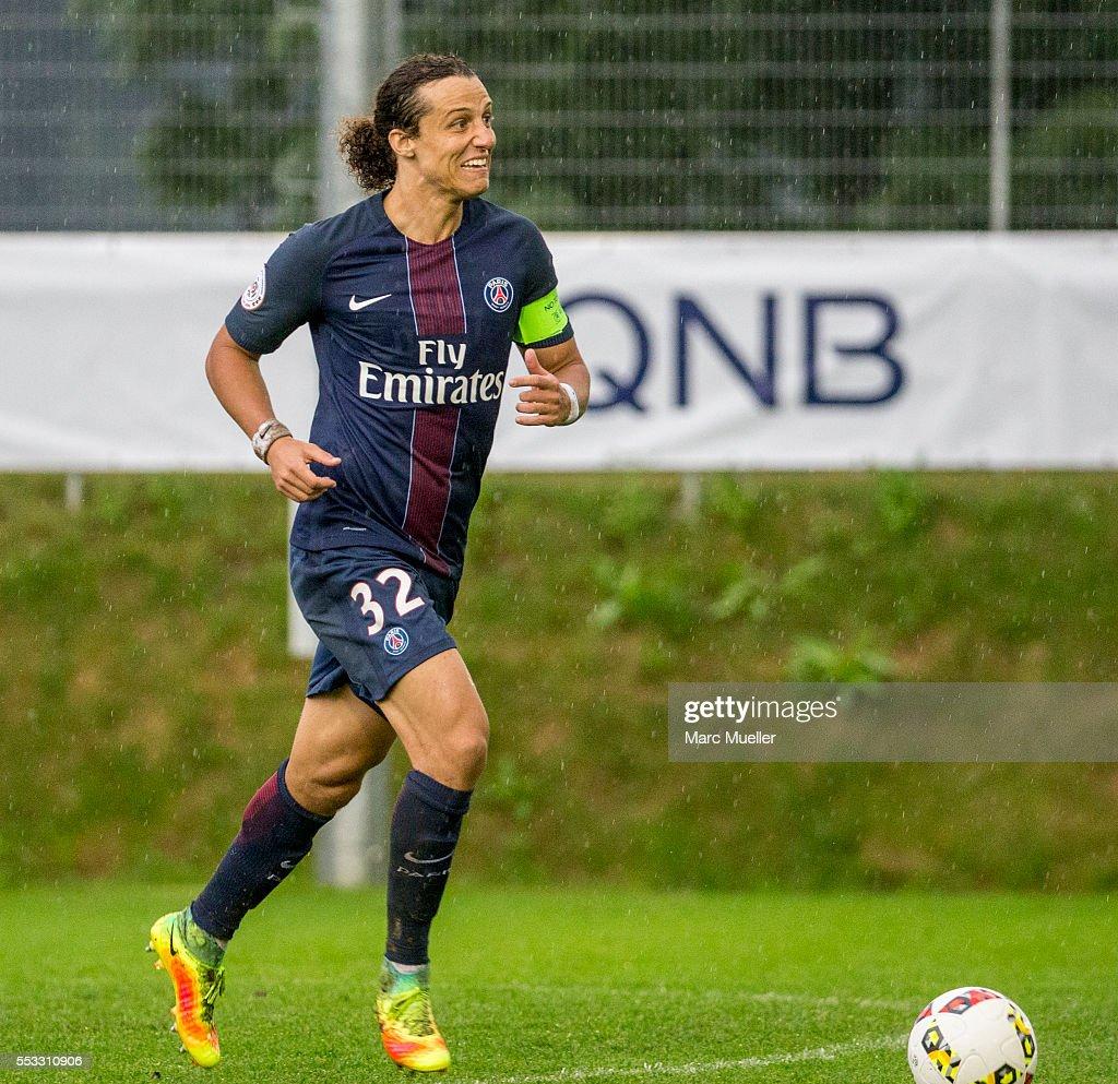 West Bromwich Albion v Paris St. Germain  - Friendly Match : News Photo