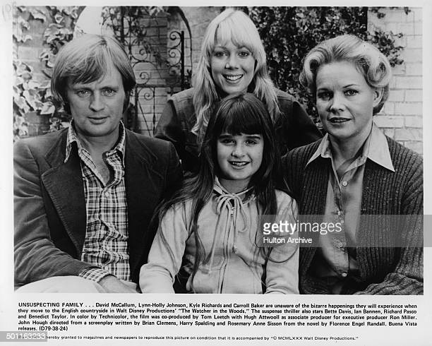 David McCallum LynnHolly Johnson Kyle Richards and Carroll Baker pose as the Curtis family for the Walt Disney movie The Watcher in the Woods circa...