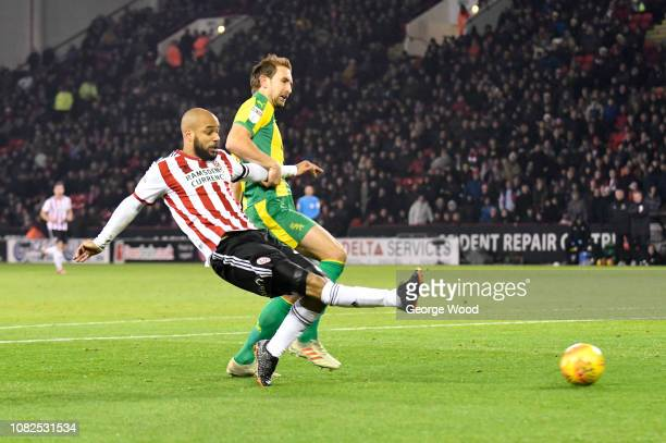David McGoldrick of Sheffield United scores the opening goal during the Sky Bet Championship match between Sheffield United and West Bromwich Albion...