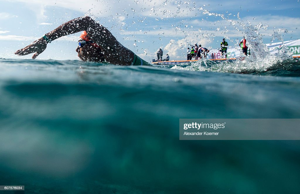 David Mendoza of Mexico warms up prior the start of the Men Elite ITU World Championship race at the Fonatur Triathlon Park on September 18, 2016 in Cozumel, Mexico. The ITU Grand Final World Championship ends tonight.