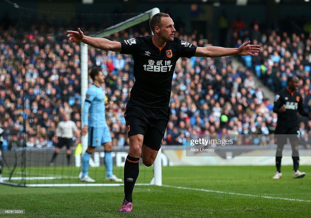 David Meyler of Hull City celebrates scoring the first goal during the Barclays Premier League match between Manchester City and Hull City at the Etihad Stadium on February 7, 2015 in Manchester, England.