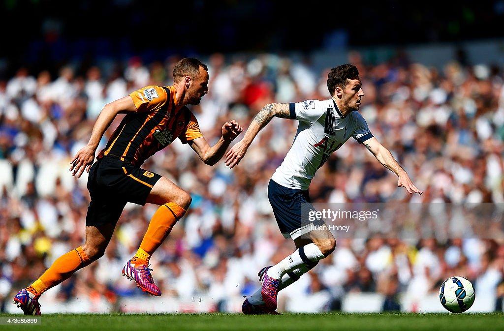 Tottenham Hotspur v Hull City - Premier League : News Photo