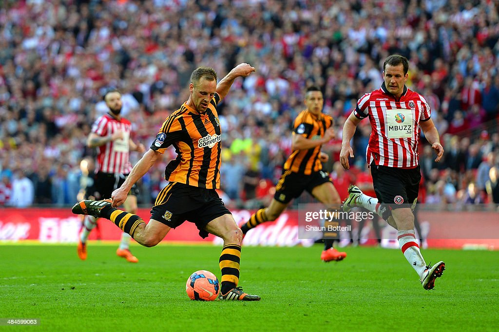 David Meyler of Hull City scores their fifth goal during the FA Cup with Budweiser semi-final match between Hull City and Sheffield United at Wembley Stadium on April 13, 2014 in London, England.