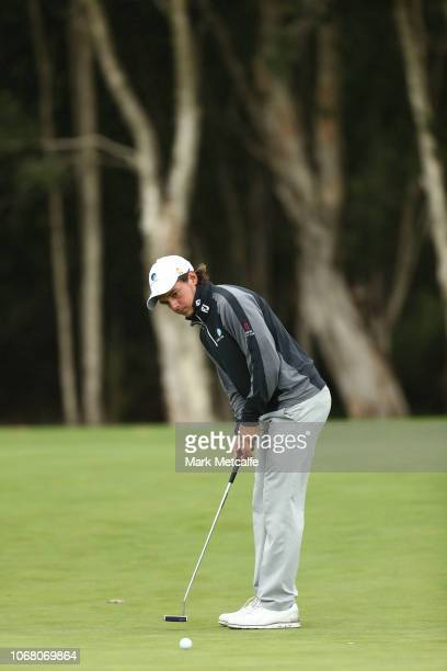 David Micheluzzi of Australia holes an eagle putt on the 14th hole during day two of the 2018 Australian Golf Open at The Lakes Golf Club on November...