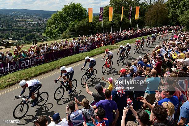David Millar, Bradley Wiggins, Ian Stannard of Great Britain, Tony Martin of Germany, Christopher Froome and Mark Cavendish of Great Britain make...