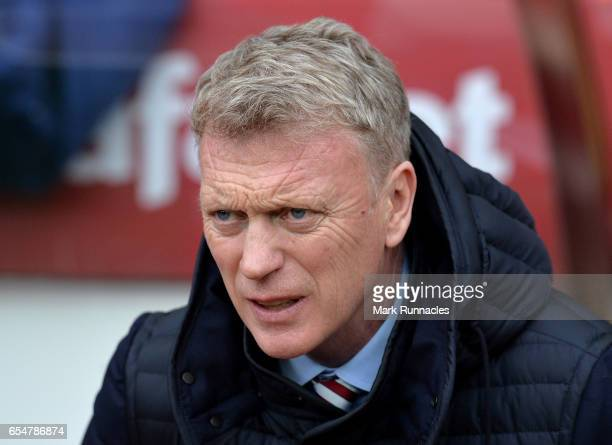 David Moyes Manager of Sunderland looks on prior to the Premier League match between Sunderland and Burnley at Stadium of Light on March 18 2017 in...
