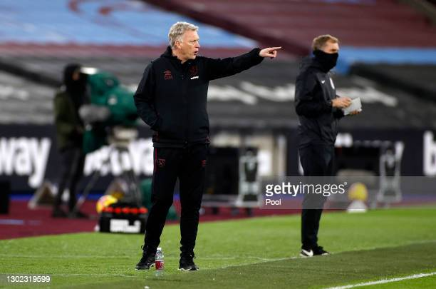 David Moyes, Manager of West Ham gives his team instructions during the Premier League match between West Ham United and Sheffield United at London...