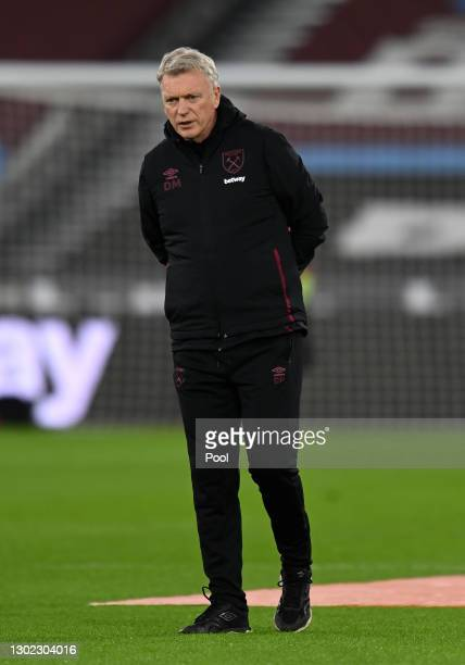 David Moyes, Manager of West Ham looks on as players warm up prior to the Premier League match between West Ham United and Sheffield United at London...