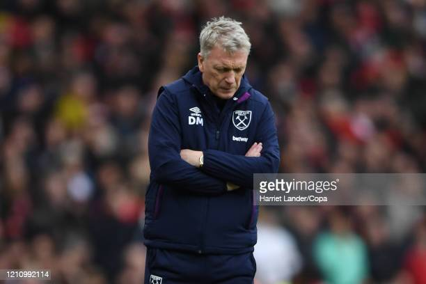 David Moyes Manager of West Ham United looks dejected during the Premier League match between Arsenal FC and West Ham United at Emirates Stadium on...