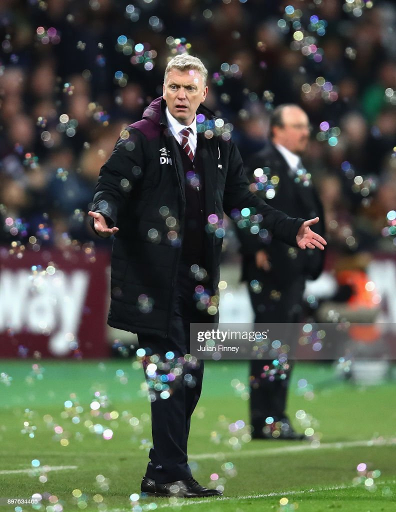 David Moyes, Manager of West Ham United looks on during the Premier League match between West Ham United and Newcastle United at London Stadium on December 23, 2017 in London, England.